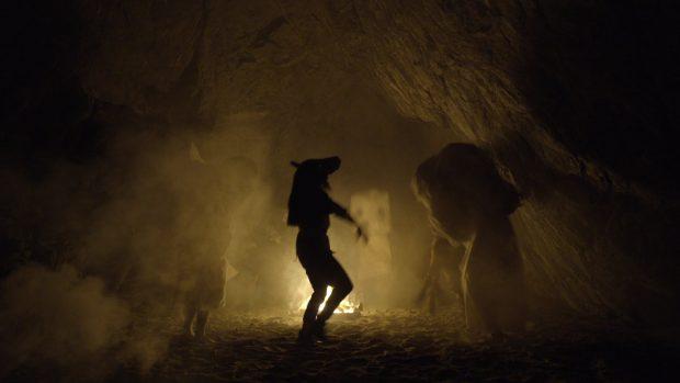 Orllie-Patagons-Baile-Cueva-1web
